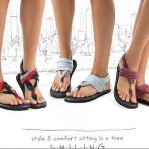 Sanuk Shoes - Sanuk Sandals!